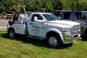 Emergency Towing in Milford Connecticut